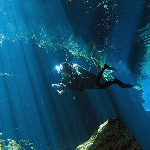 Enjoy Cenote diving in Kukulkan
